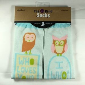 Hallmark Toe of a Kind socks